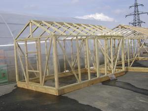 Как построить теплицу на даче